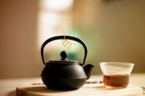 Ayurvedik Yoga Çayı tarifi. Zencefil, zerdeçal, kakule, tarçın ve karanfil ile yapılan bu geleneksel çay çok lezzetli ve faydalı...