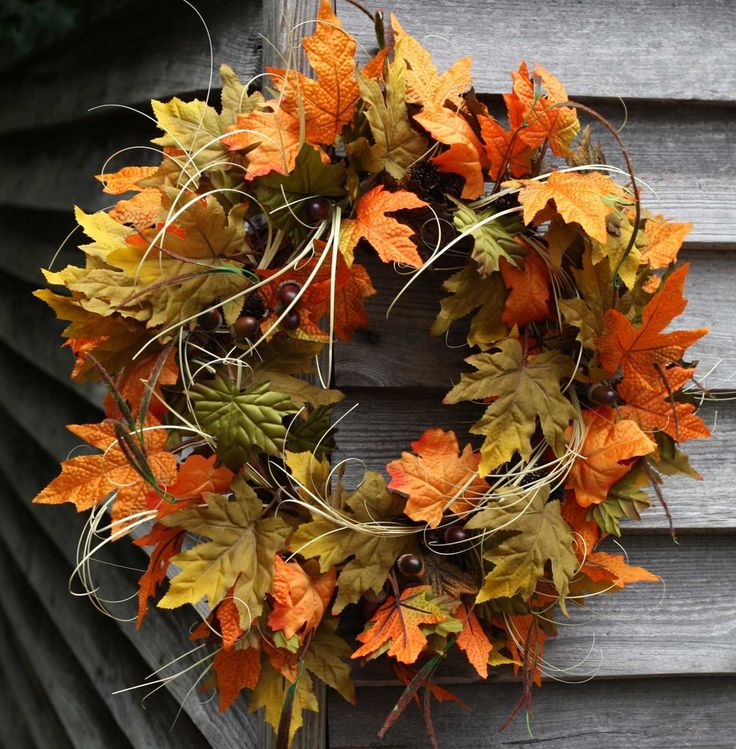 """Beautiful 22"""" Large Fall Acorn Leaf & Grass Wreath This Wreath has a Great Mixture of Quality Fall Colored Leafs and Life Like Acorns Built on a Sturdy Grap"""
