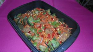 Mielone zapiekane z warzywami.