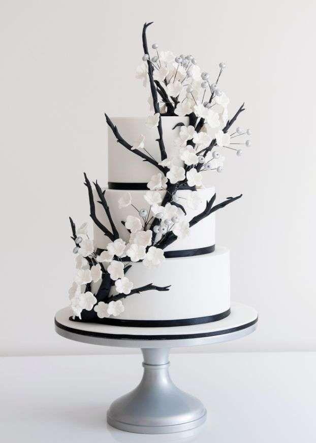 Torte nuziali bianche e nere - Torta minimal stile giapponese