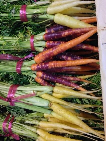 @_COUNTRYFRESH Amazing baby rainbow carrots arrived fresh from rungis this morning