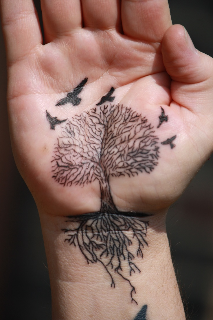 My husband 39 s family tree tattoo birds are kids leaving the nest and small ones for - Tatouage arbre de vie ...
