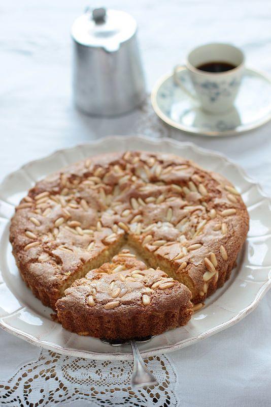 La cucina di famiglia: torta di pinoli della zia Tilde