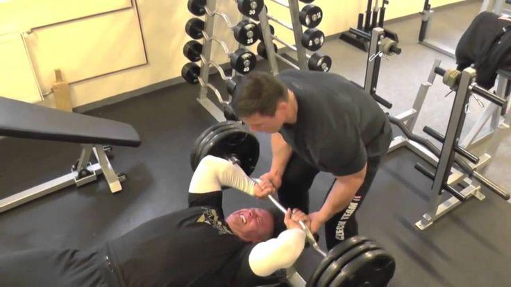 Motivační video do posilovny - Martin Mester IFBB Mens physique --Čůůůs-- :DDD