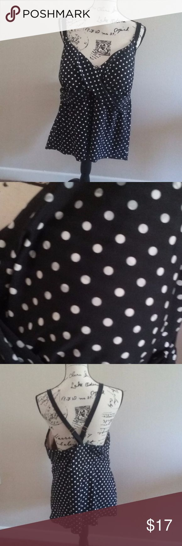 "Ava Viv Polka Dot Tankini Top Size 26W Super cute black white and gray polka dot print cross back tankini top by Ava Viv size 26W, measures approximately 15"" long from front chest area to bottom hem and 18.5"" underarm to underarm flat lay measurements. Ava & Viv Swim"