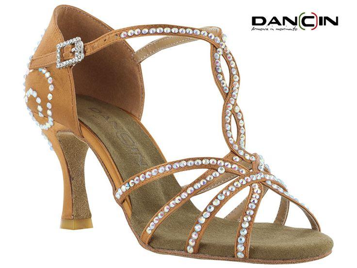 Sandalo da ballo 4 Fasce Con Cristal Strass In Raso Flesh Tc Cm 7,5