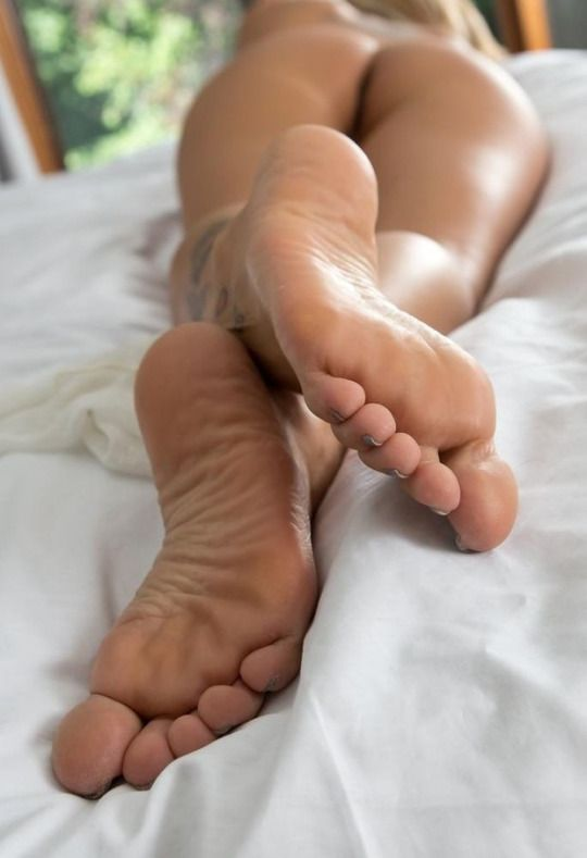 girls feet sexy