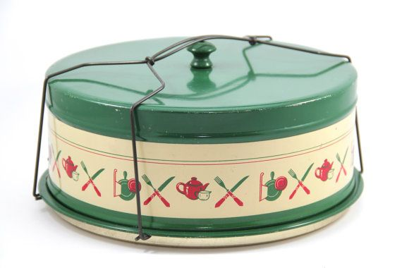 1940s Metal Pie Carrier Cake Carrier with Wire Handle, Green Pie Taker or Cake Taker, Vintage Kitchen Decor