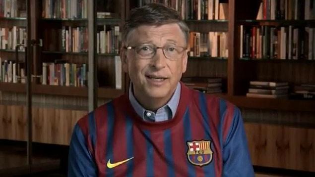 Bill Gates compra el pase de Messi y promete traerlo a jugar a Newell's