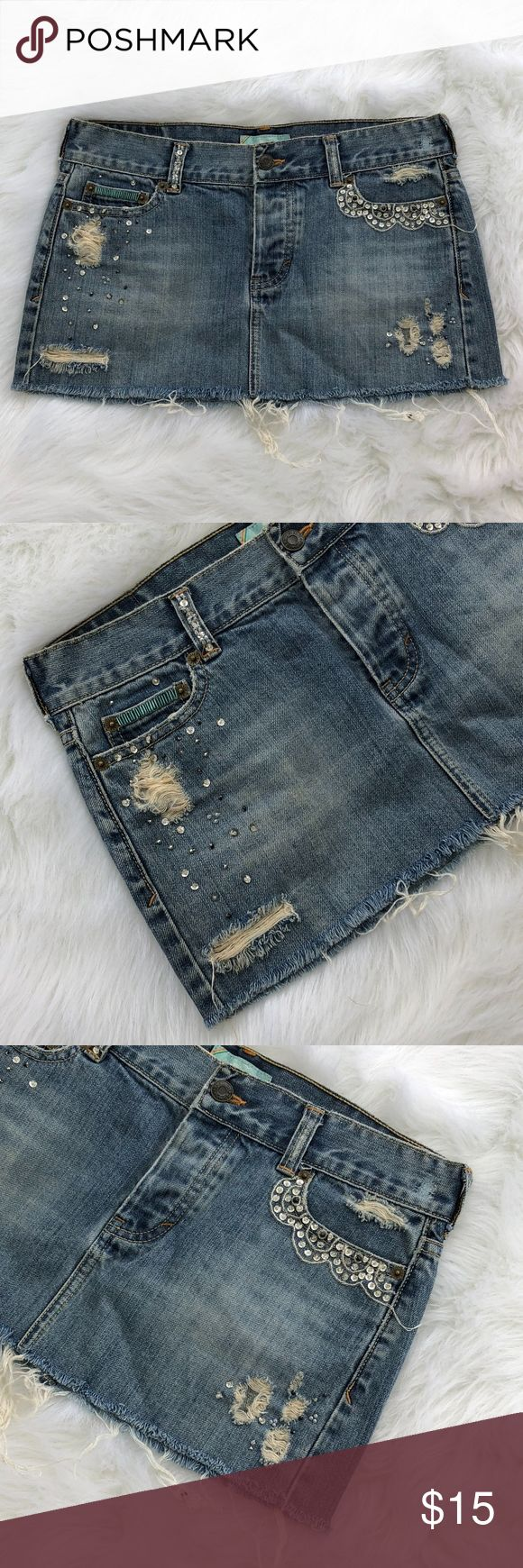 """Hollister Destroyed Denim Mini Skirt, Size 3 Brand: Hollister Size: 3 Material: 100% Cotton Condition: Pre-owned in good condition with no rips, stains, or tears  Approx. Measurements Waist: 30"""" Length: 10""""  Tags: deconstructed, jean, pearls, sequins, distressed Hollister Skirts Mini"""