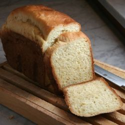 {recipe} Bread Machine Brioche - a shortcut to an eggy, tender, & heavenly breakfast!