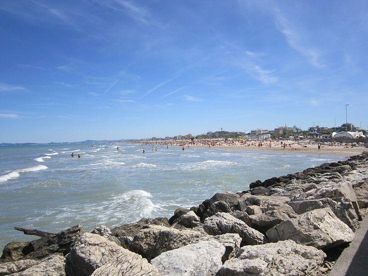 Costa di Rimini vista dal Porto Canale - Rimini Coast seen from Harbor