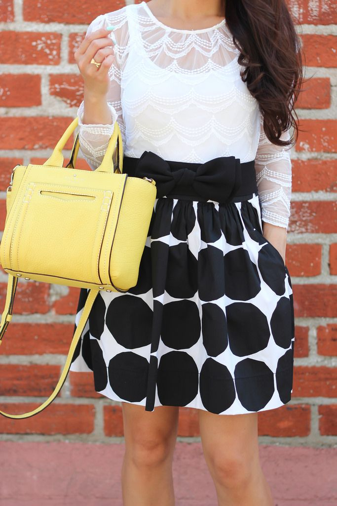 Banana Republic x Marimekko Kivet Full Skirt and Kate Spade Claremont Drive Marcella Tote // http://www.stylishpetite.com/2014/05/banana-republic-x-marimekko-kivet-full.html