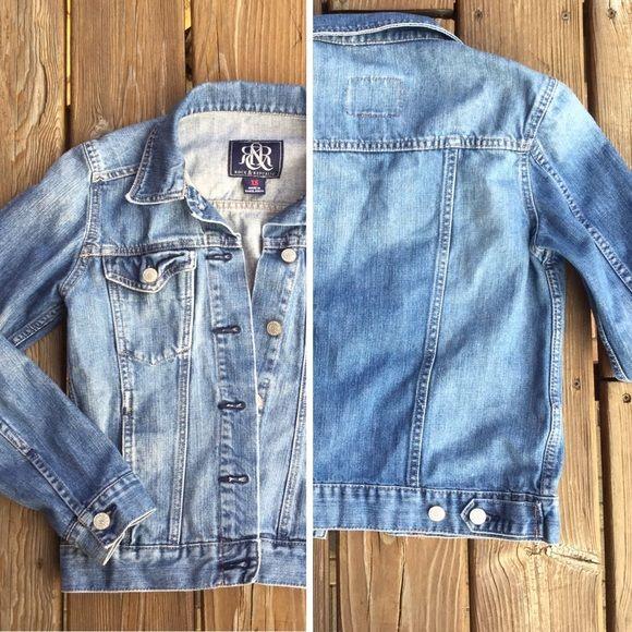 ROCK & REPUBLIC Hitchhiker Jean Jacket Perfect denim jacket for festival season! Jackets & Coats Jean Jackets