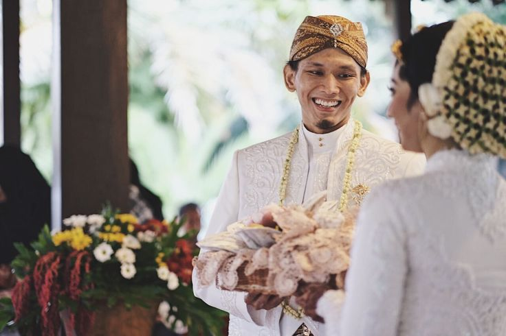 #Javanesegroom #Groom #javanesewedding #indonesianwedding #indonesia