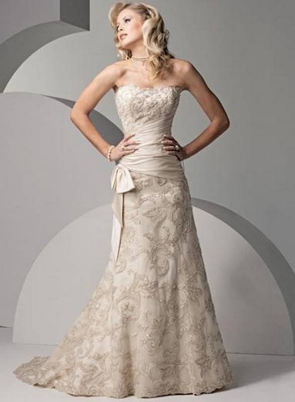 Wedding dresses for older brides second marriage uk for Older brides wedding dresses