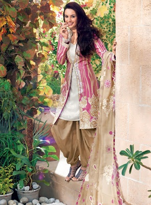 Shopping-for-Gul-Ahmed-Lawn-Collection