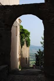 LOOK THRU A DOORWAY TO SEE THE MAJESTY OF THE LAND