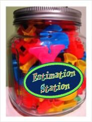 Estimation Station idea and free labelCenter Ideas, Math Center, Estimation Jars, Stations Ideas, Estimation Stations, Kindergarten Ideas, Estimation Center, Free Labels, New Schools Years