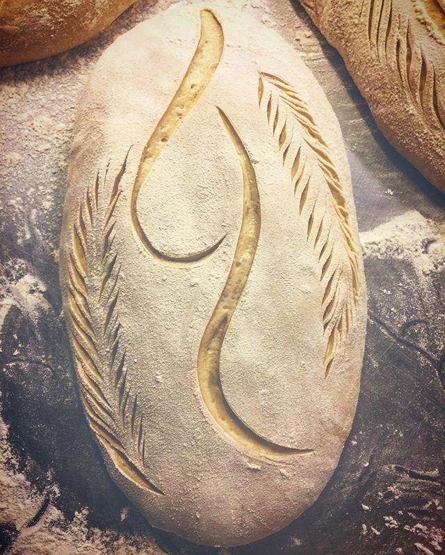 Då kör vi igen, hela veckan fram till jul bakar vi på @rosehillsblommor Välkomna #bröd