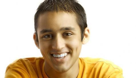 Especialistas en diseño de sonrisa e implantes dentales. Solicita YA tu cita/valoración sin costo. Blanqueamiento dental. Cali, Medellín, Armenia, Cartago