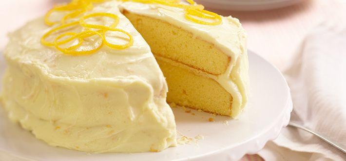 Gâteau mousseline glacé à lorange- Parfumé, savoureux et de texture légère, ce gâteau mousseline appétissant peut être servi à longueur d année. Composé de deux étages, il est garni d un glaçage fait de jus et de zeste d orange. Une gâterie pas trop sucrée pour le dessert ou pour le thé.