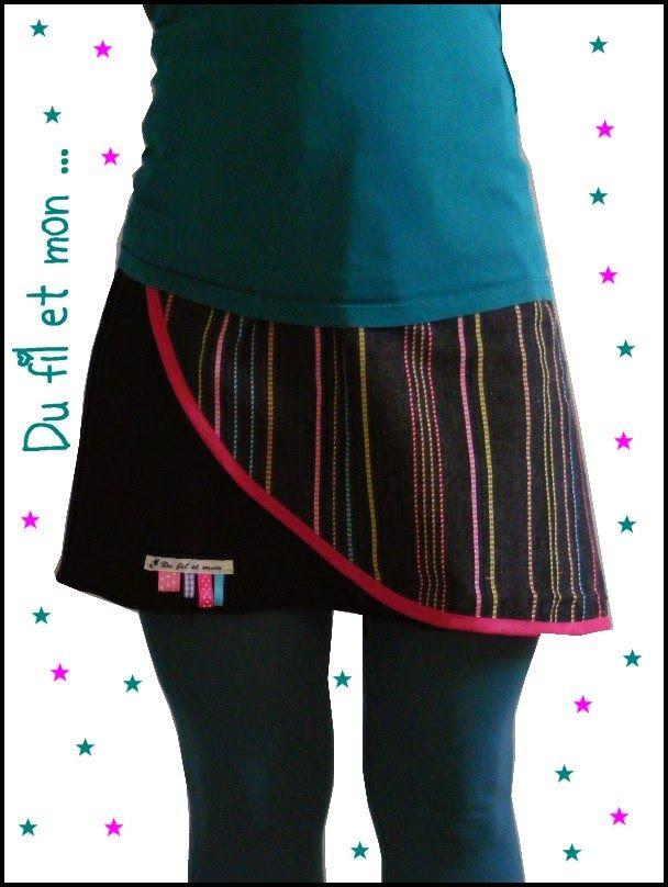 Voilà la jupe porte feuille ! (que j'étais pas du tout partie sur ça, au début, cela devait être une jupe asymétrique mais je n'ai rien c...