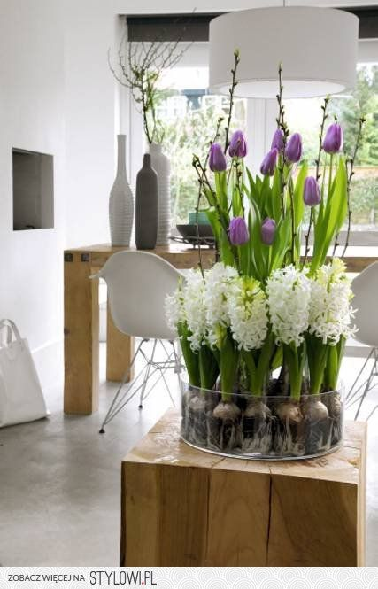 Wielkanoc na Stylowi.plGardens Ideas, Dining Room, Spring Flower, Decor Ideas, Creative Ideas, Spring Decor, Flower Bulbs, Flower Arrangements, Inspiration De
