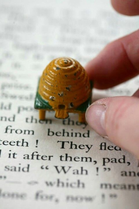 Beehive made from metal, originally by Britains Toy Soldiers.  Reproductions are available from many metal figure makers.