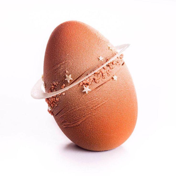 """988 mentions J'aime, 11 commentaires – David Landriot (@davidlandriot) sur Instagram : «""""L'Oeuf Planète"""", ma création pour Pâques 2017! """"The Planet Egg"""", my creation for Easter 2017!…»"""