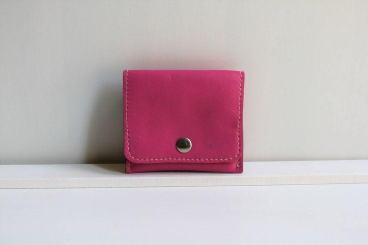 Cartera de Cuero Color Fucsia Tamaño Pequeño, Monedero para Mujer, Cartera de Piel color Rosa de NURIMUSHOP en Etsy