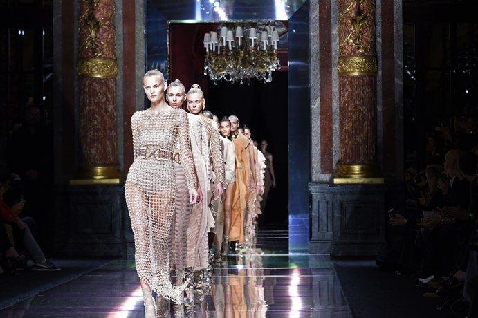 Deze merken palmden de sociale media in tijdens Parijse mode... - Het Nieuwsblad: http://www.nieuwsblad.be/cnt/dmf20151014_01918847