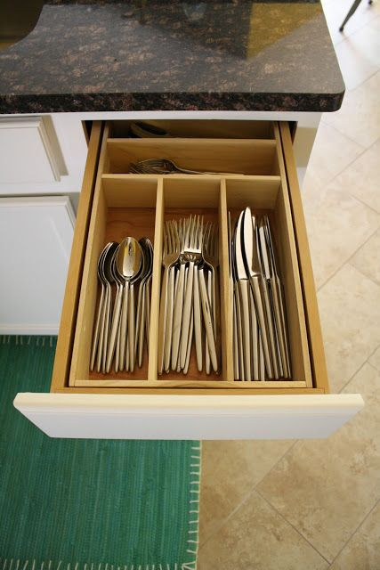 DIY utensil drawer. This seems like the skill level of woodworking that I could do!