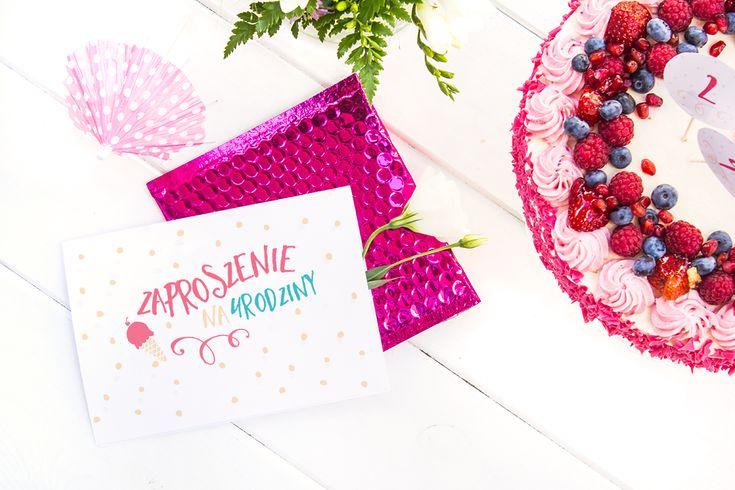 Zaproszenia na urodziny — edycja letnia, 2 wzory, dziewczęcy w kropeczki i chłopięcy marynistyczny! Zaproszenia do druku za…