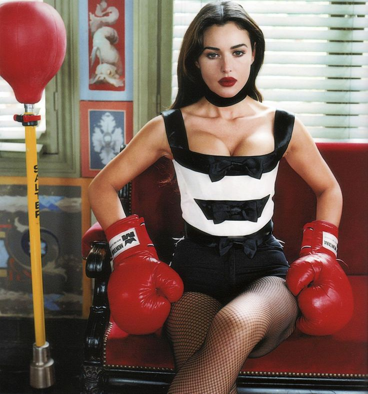 Image result for helmut newton monica bellucci boxing