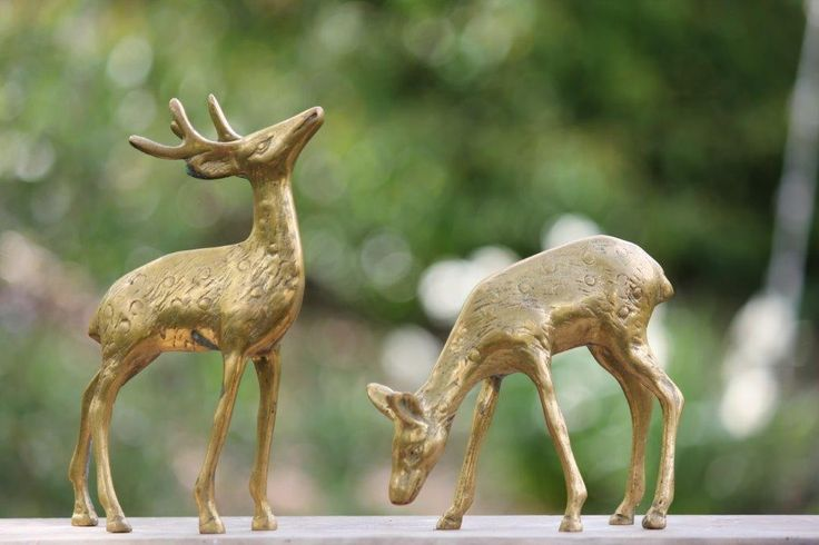 Vintage Wedding | Brass Deer