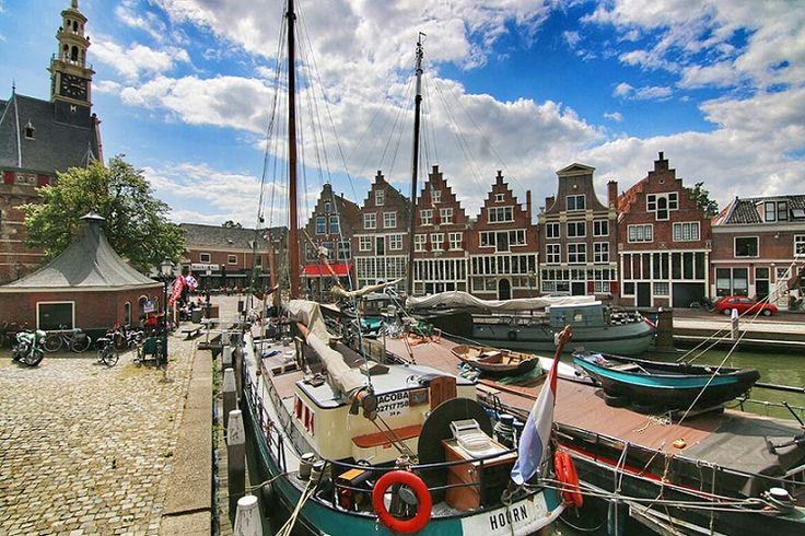 Hoorn in Noord-Holland - Blog Daisy: http://daisypioneer.reis-blogs.nl/2015/08/11/ontdek-historisch-hoorn/