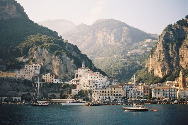 amalfi coast, Italy // harbor // ocean // mountains // exotic travel destinations // dream vacations // places to go