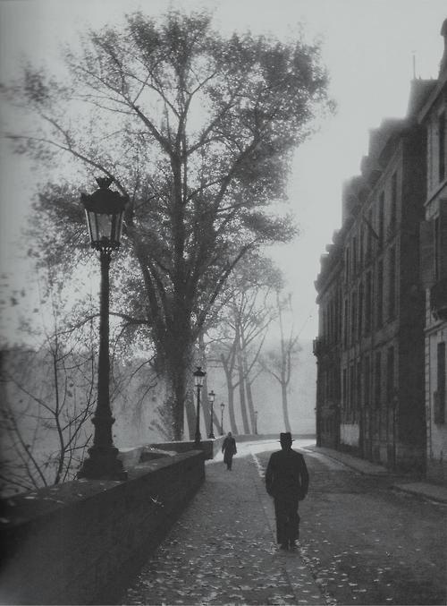 Izis Bidermanas, Ile Saint Louis, Paris, France, 1946.