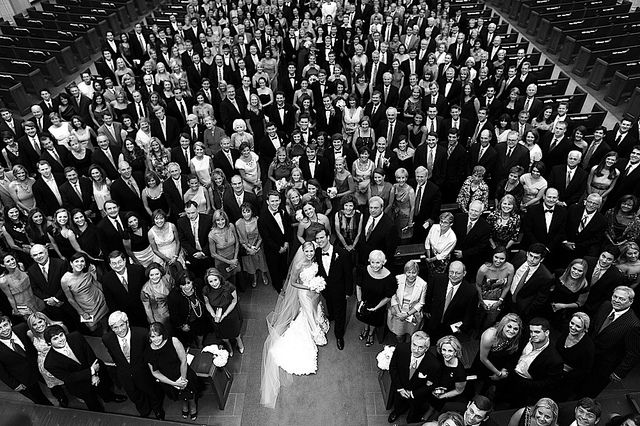 clever idea - all of wedding guests in one picture!