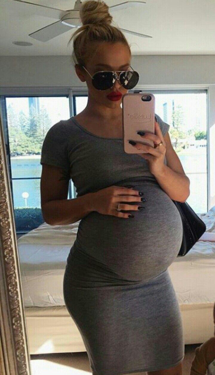 Meg 6 months pregnant