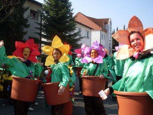 Blume im Topf - Kostüm zum selbermachen
