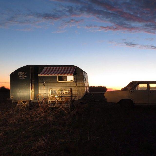 The making of the caravan on the blog. La remodelacion de la caravana en el blog. www.lunainviaggio.com #caravan #lunainviaggio #mobilehome #localtravel #campo #nofilter #adventurassobreruedas #wanderlust #instatravel #viajes #gypsy