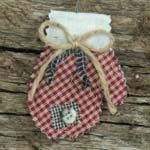 Primitive Christmas Decorations | ... holiday ornaments, please visit the primitive quilted fabric christmas