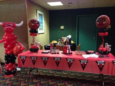 Benny The Bull Out Of Balloons Creative Idea