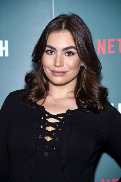 Sophie Simmons Medium Curls - Sophie Simmons showed off perfect curls at the special screening of 'Tallulah.'