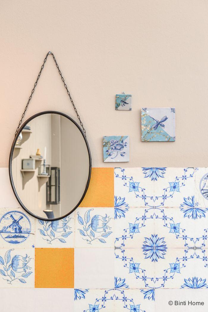 25 beste idee n over tegel spiegel op pinterest tegel spiegel kaders tegel rond spiegel en - Donker mozaieken badkamer ...
