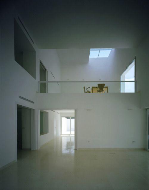 Alberto Campo Baeza - Asencio House, Cadiz 2001. Photos ©...