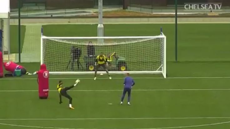 Thibaut Courtois scores brilliant acrobatic volley in Chelsea training