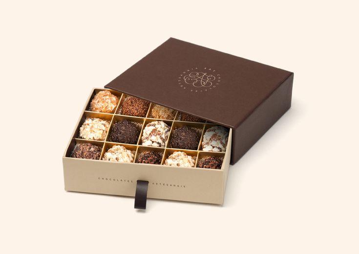 Eat Chocolates Artesanais packaging and beautiful scripty logo More
